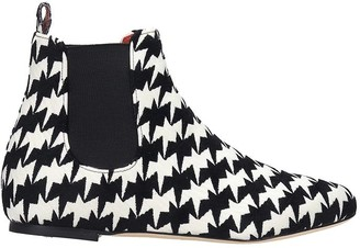 Bams Low Heels Ankle Boots In White Fabric