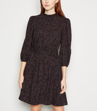 New Look Spot Puff Sleeve Frill Neck Dress