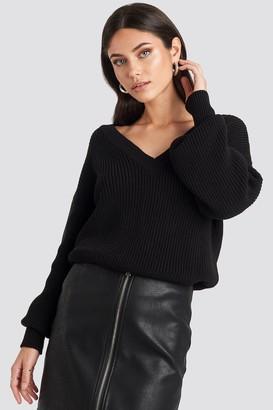 NA-KD Nicole Mazzocato X Oversized V-neck Knitted Sweater Black