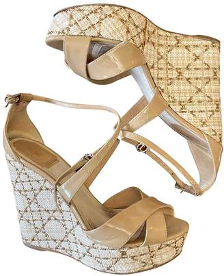 Christian Dior Beige Patent leather Sandals