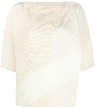 Issey Miyake 3/4 sleeves ribbed top