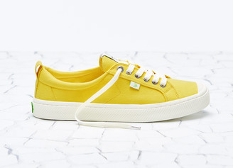 Cariuma OCA Low Yellow Canvas Sneaker Men