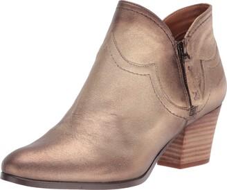 Zodiac Women's Kaylin Ankle Boot