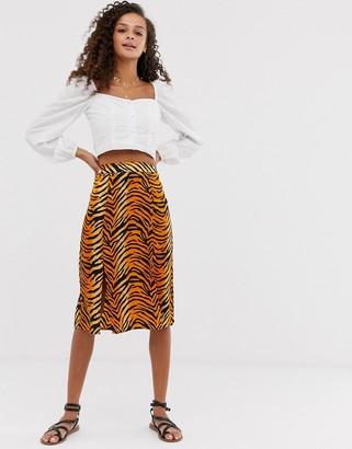 Influence midi skirt in tiger print