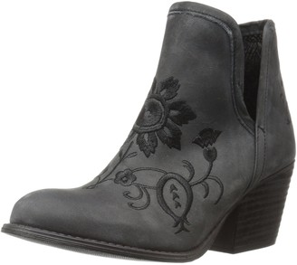 Musse & Cloud Women's Ambar Ankle Bootie