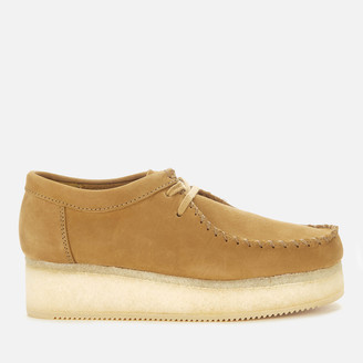 Clarks Women's Wallacraft Low Nubuck Flatform Shoes - Oak