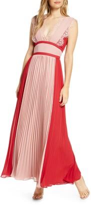 Adelyn Rae Elliot Pleated Maxi Dress