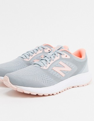 New Balance Running 520 v6 in grey and pink