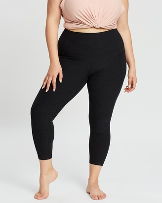 Beyond Yoga Curvy Out Of Pocket High-Waisted Midi Leggings