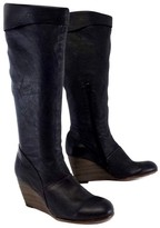 Coclico Black Pebbled Leather Boots