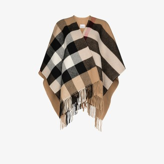 Burberry Vintage check fringed cape