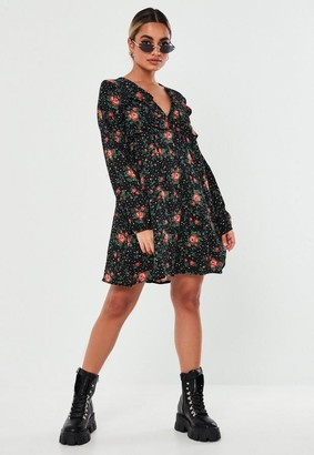 Missguided Petite Black Floral Print Shift Dress