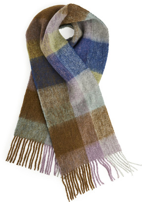 Arket Fluffy Wool Scarf