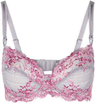 Wacoal Embrace Embroidered Soft-cup Bra