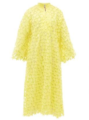 La Vie Style House - No.347 Star Guipure-lace Kaftan Dress - Yellow