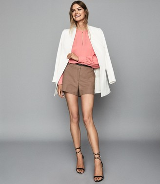 Reiss Alana - Keyhole Detail Blouse in Pink