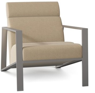 Bernhardt Marco Armchair Body Fabric: 2213-002