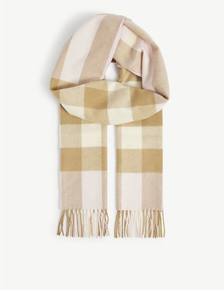 Burberry Classic checked cashmere scarf