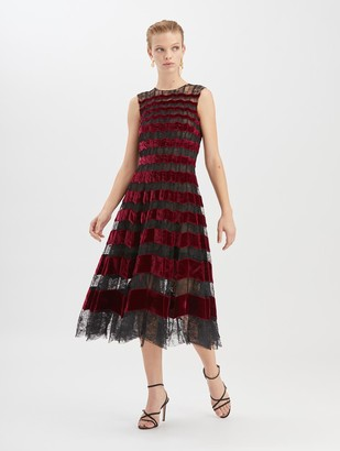 Oscar de la Renta Chantilly Floral Lace and Velvet Cocktail Dress