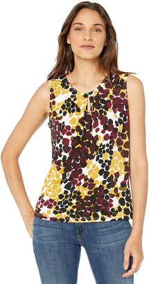 Kasper Women's Sleeveless Giraffe Printed Knit TOP