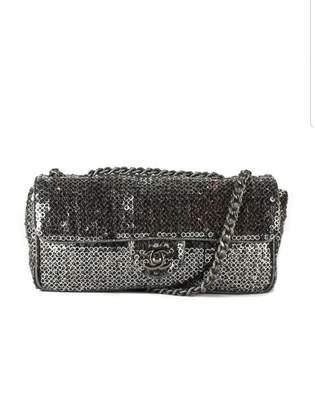 Chanel \N Silver Metal Handbags