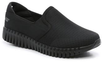 Skechers GoWalk Smart Slip-On Sneaker - Men's