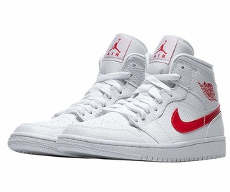 Nike Women's WMNS AIR Jordan 1 MID Basketball Shoe