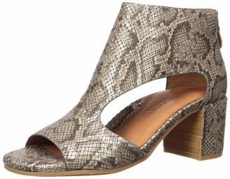 Gentle Souls by Kenneth Cole Women's Charlene Peep Toe T-Strap Heeled Sandal