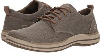 Skechers Classic Fit Elson - Moten (Brown) Men's Plain Toe Shoes