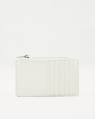 Le Château Saffiano Faux Leather Card Holder