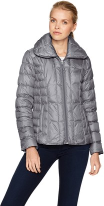 Kenneth Cole New York Kenneth Cole Women's Short Zip Front Packable Down with Side Ruching and Quilting