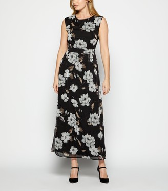 New Look StylistPick Chiffon Floral Maxi Dress