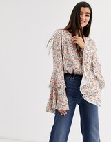 Free People She's Dainty floral print flared sleeve blouse