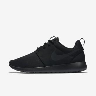 Nike Women's Shoe Roshe One