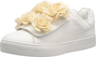 Mia Women's Primrose Sneaker
