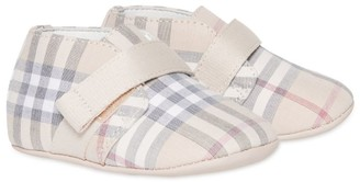 Burberry Kids Vintage Check Booties