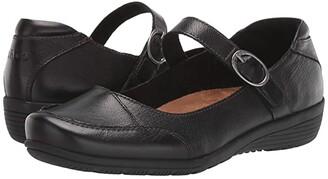Taos Footwear Uncommon (Black) Women's Flat Shoes