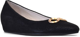 Amalfi by Rangoni Arlo Pointed Toe Wedge Pump
