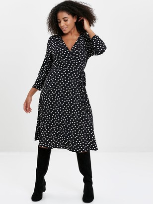 Evans Heart Print Wrap Dress - Black
