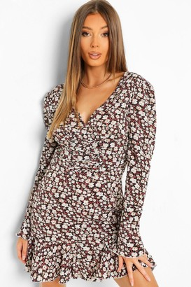 boohoo Ditsy Floral Tie Detail Puff Sleeve Smock Dress