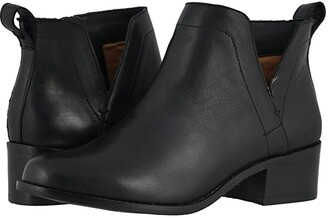 Vionic Clara (Black Leather) Women's Shoes
