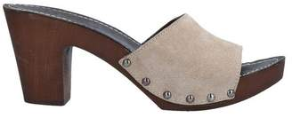 COLOURS Mules