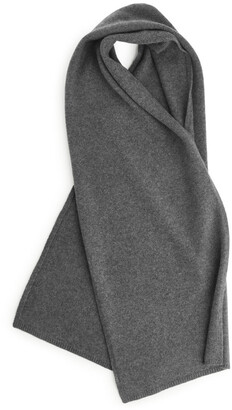 Arket Knitted Cashmere Scarf