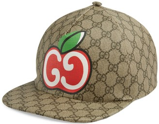 Gucci Canvas baseball hat with GG apple print