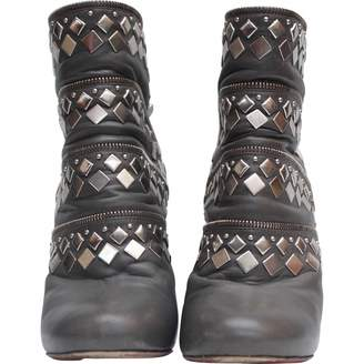 Alaia \N Grey Leather Ankle boots