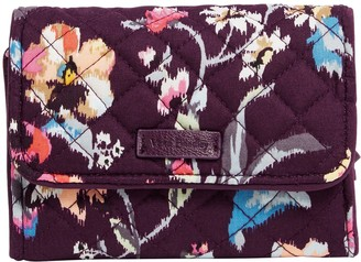 Vera Bradley Iconic Signature RFID Riley Compact Wallet