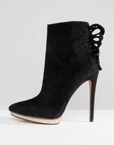 Forever Unique Minosa Heeled Boot