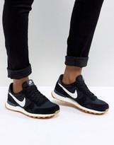 Nike – Internationalist