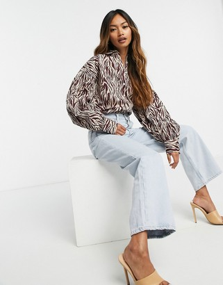 Neon Rose relaxed shirt with volume sleeves in tonal zebra