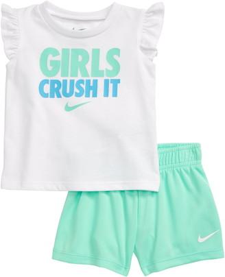 Nike Girls Crush It Graphic Tee & Shorts Set